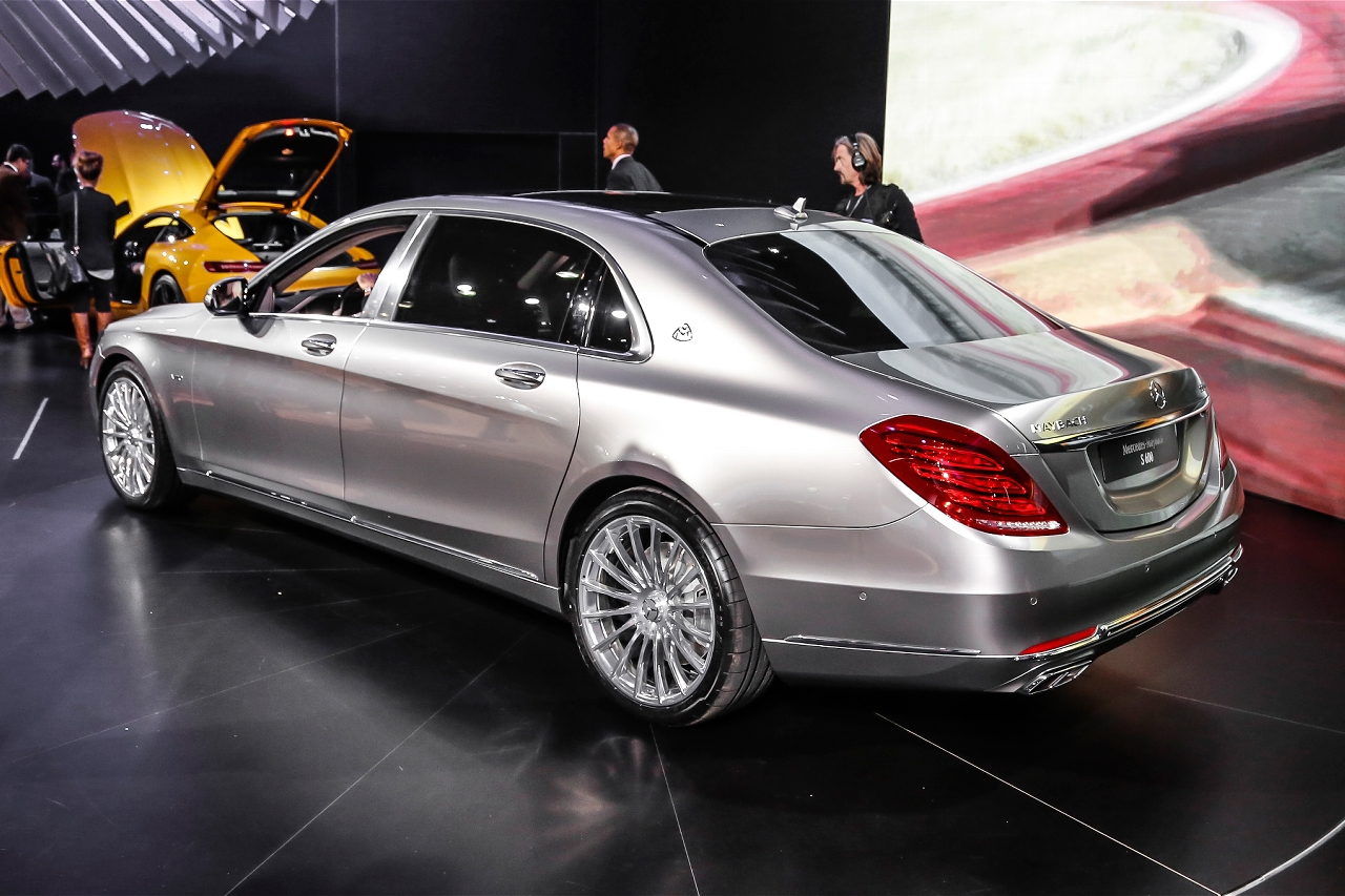 2016 mercedes maybach s600 official trailer mercedes benz for Mercedes benz s600 maybach