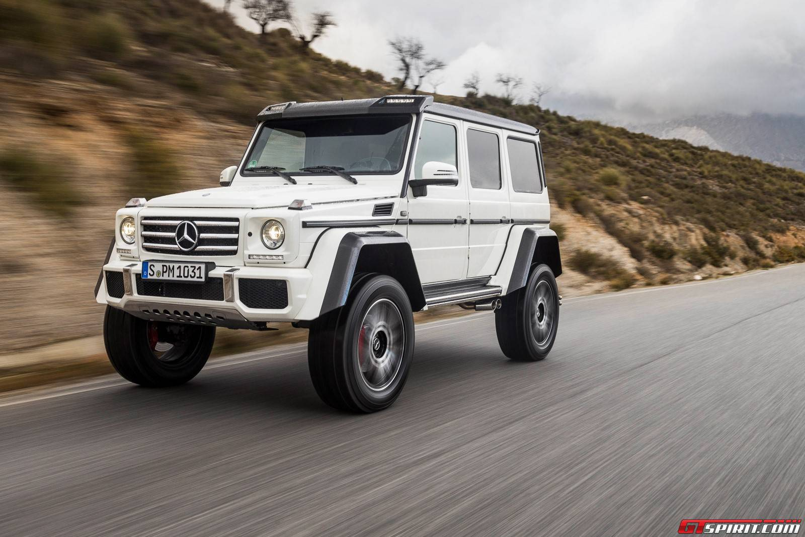 Mercedes benz g500 4x4 square mercedes benz for Mercedes benz 4x4 g class