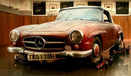 Mercedes-Benz 190SL Barn Find