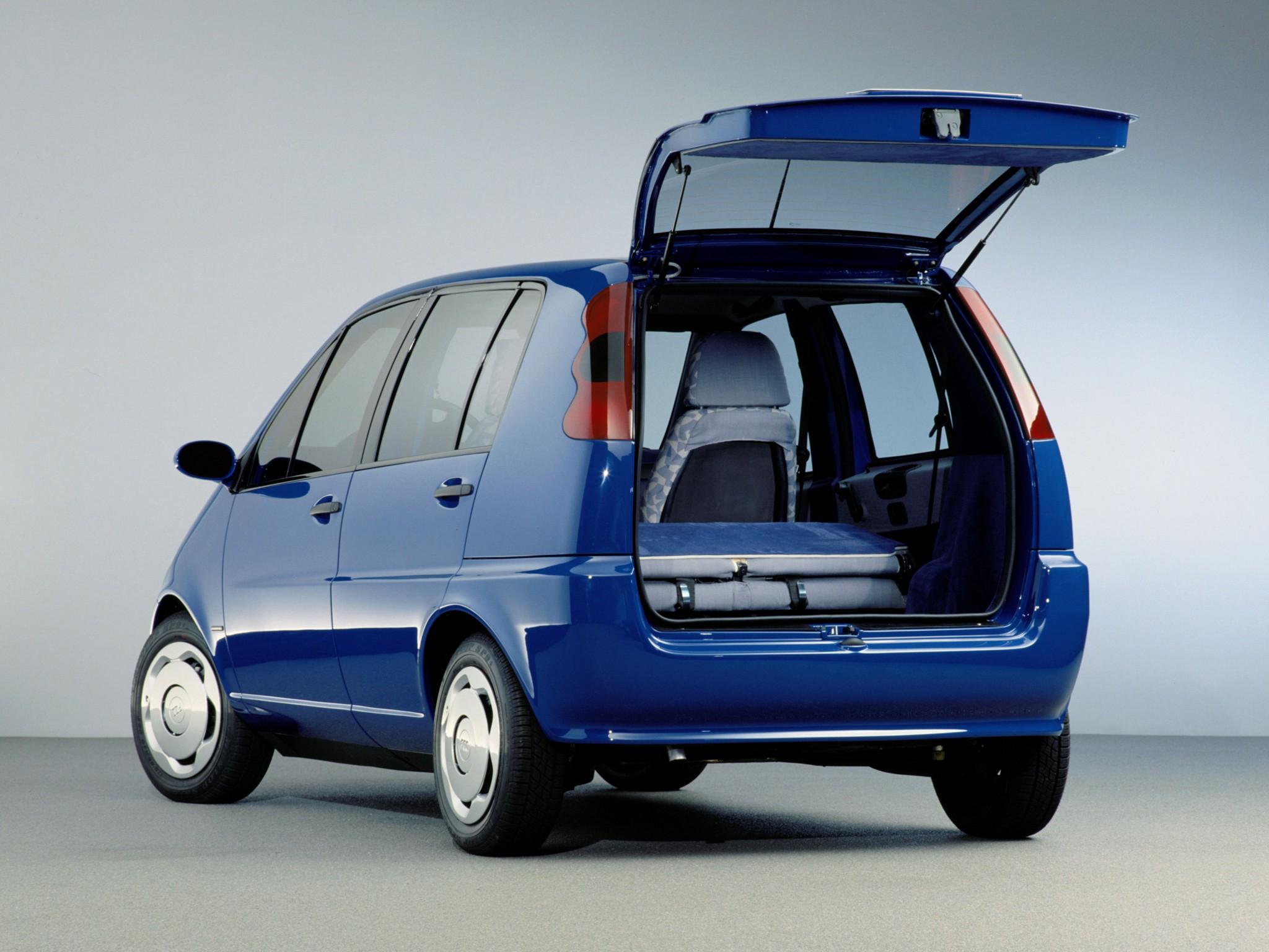 Family Car: 1994 Mercedes-Benz FCC (Family Car China)