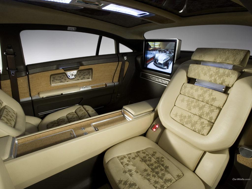 Mercedes f700 price