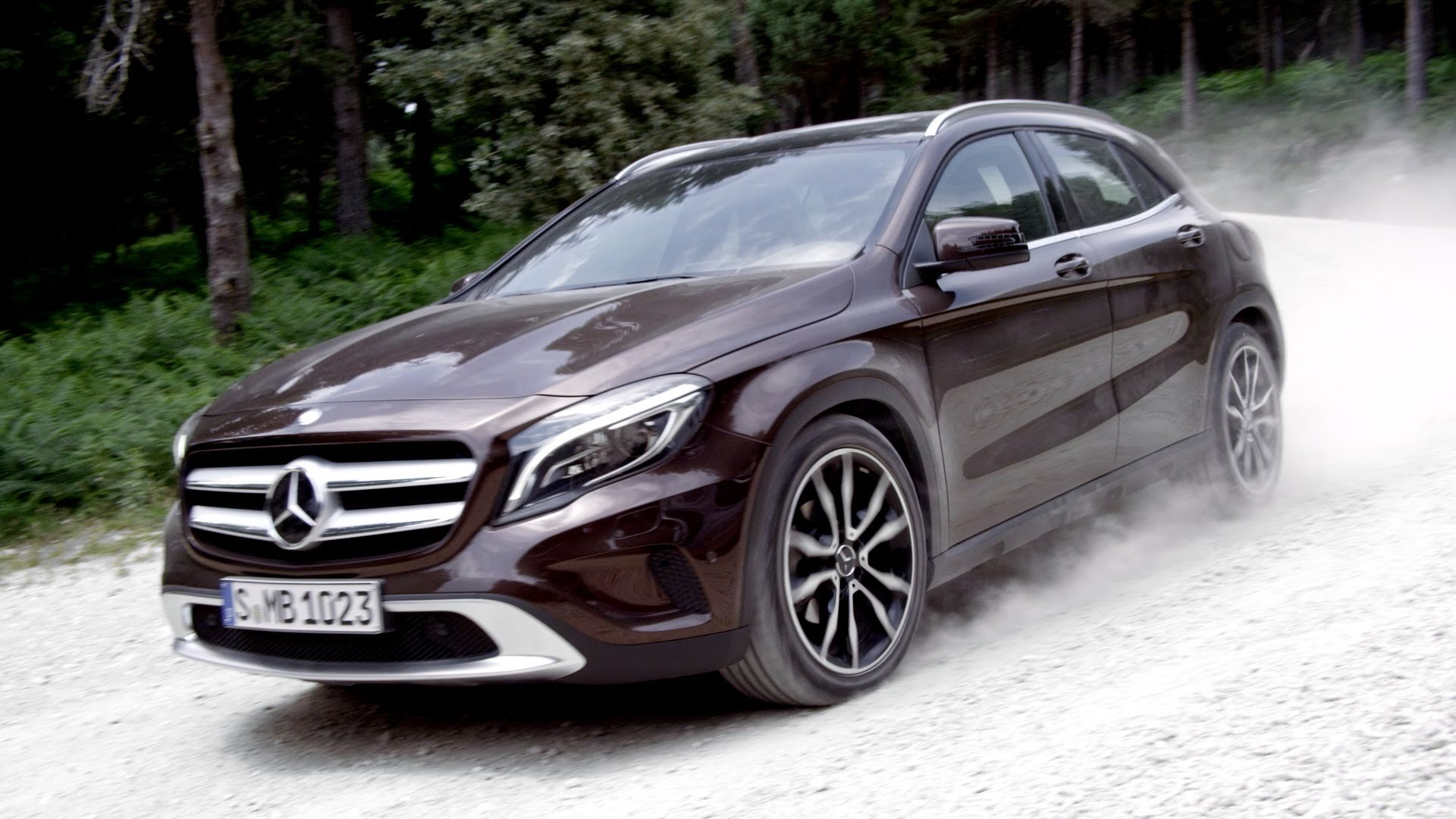 2015 mercedes benz gla mercedes benz for Mercedes benz 2015 gla