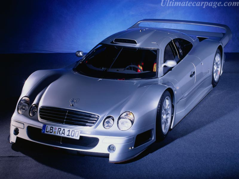 Mercedes-Benz-CLK-GTR-Coupe_1