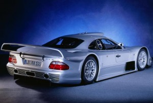 Mercedes-Benz-CLK-GTR-Coupe_2