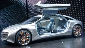 Mercedes-Benz_F125!_(front_quarter)