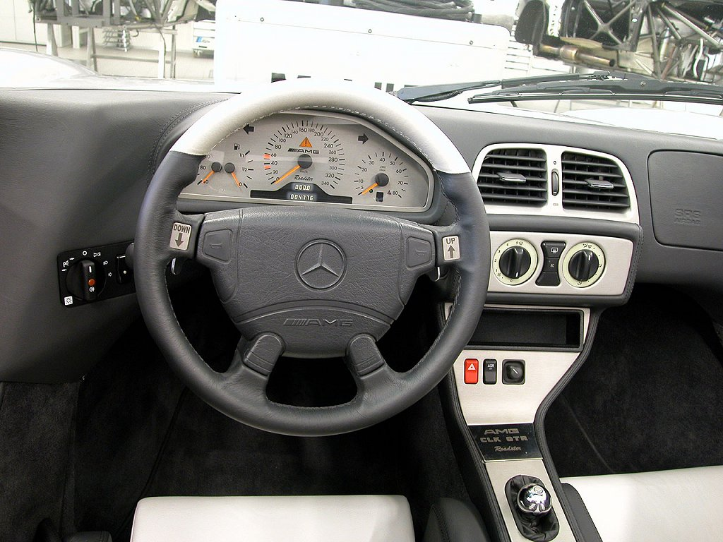 Mercedes CLK GTR Roadster Interior