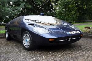 blue 1984-isdera-imperator-108i-1