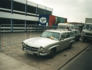 Mercedes-Benz W123 190SLT 16