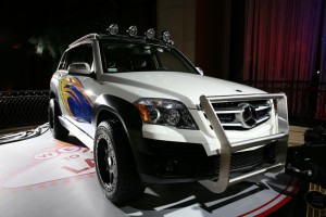 Mercedes-Benz_GLK_Rock_Crawler_by_Legendary_Motor_Company 19